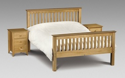 Charlotte Pine Bed