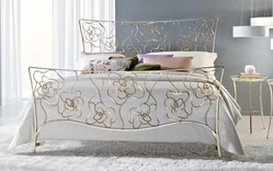 Ciacci Tea metal bed