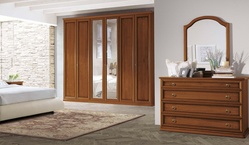 Tomasella Epoca traditional walnut wardrobe