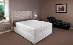 Supreme Pillow-top 2000 Pocket Sprung Single Divan Bed (Medium Firm) 91cm