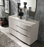 Tomasella Venere Chest of Drawers