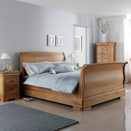 Avignon Sleigh Bed