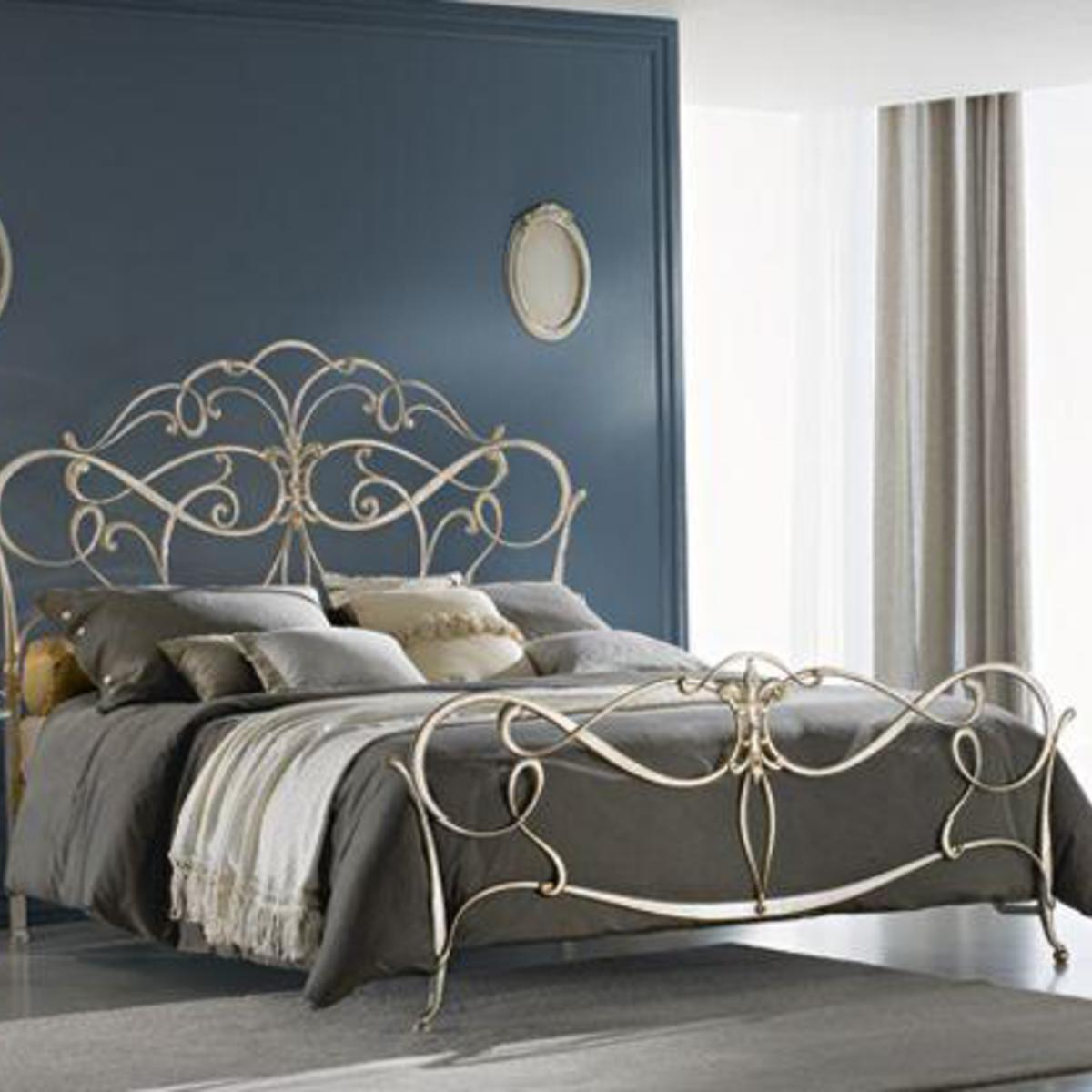 Ciacci Epoque Bed In Gold Leaf Robinsons Beds