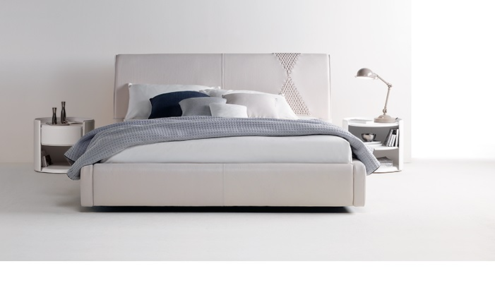 Zani Onda Italian designer leather bed | Aniline extra big beds ...