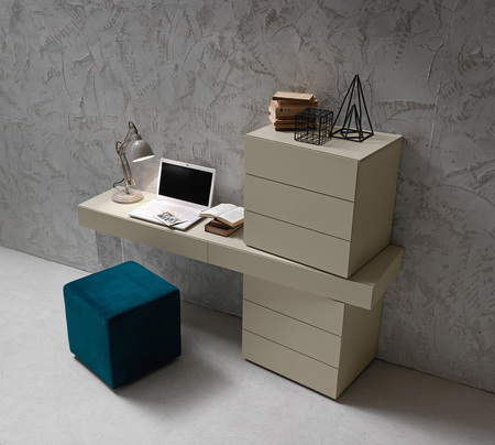 Presotto inclinart dressing table modern bedroom table robinsons beds - Consolle per camera da letto ...