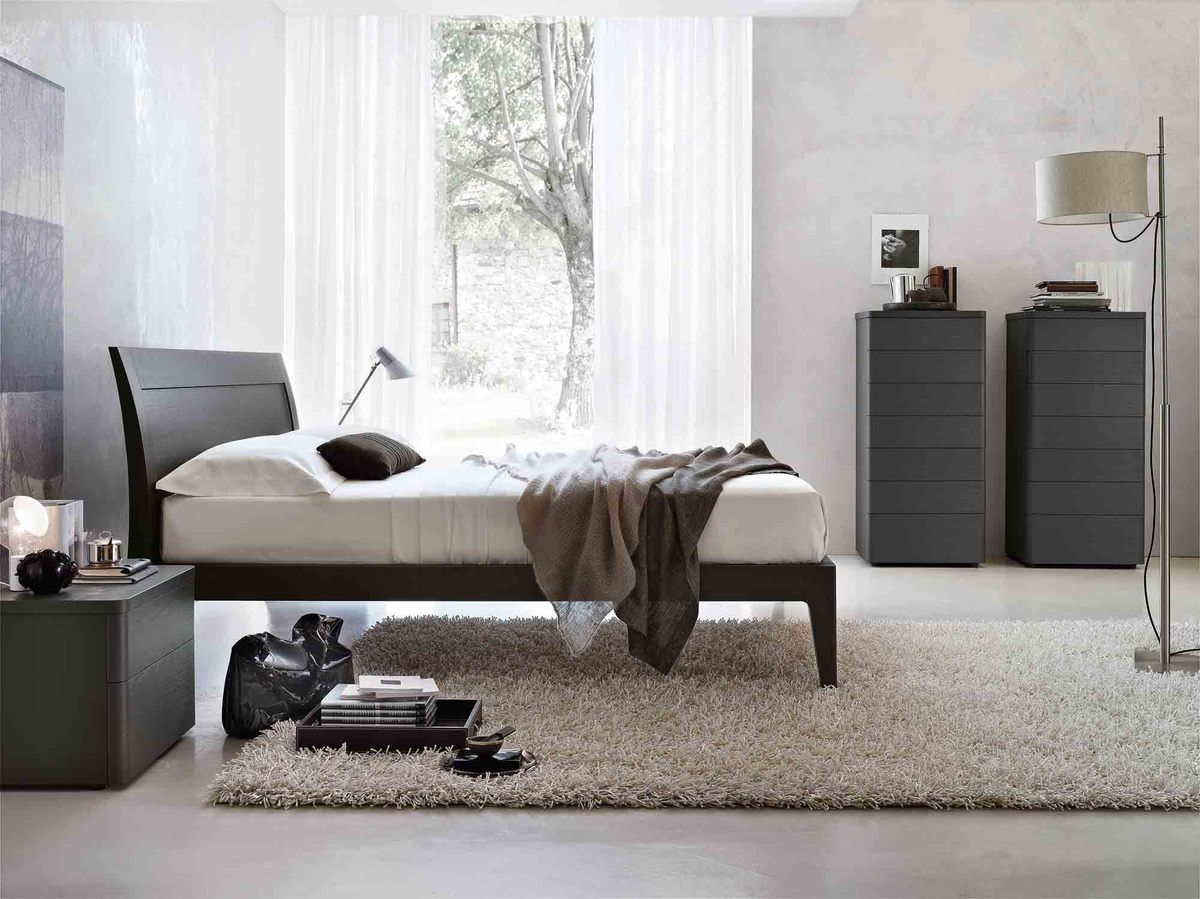 Tomasella Riviera Hardwood Bed