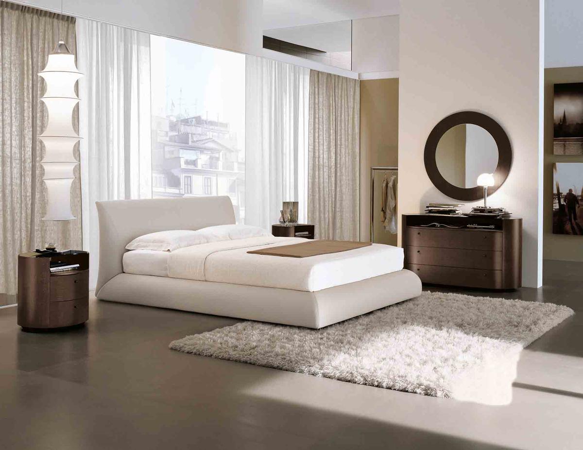 Tomasella Eros padded bed