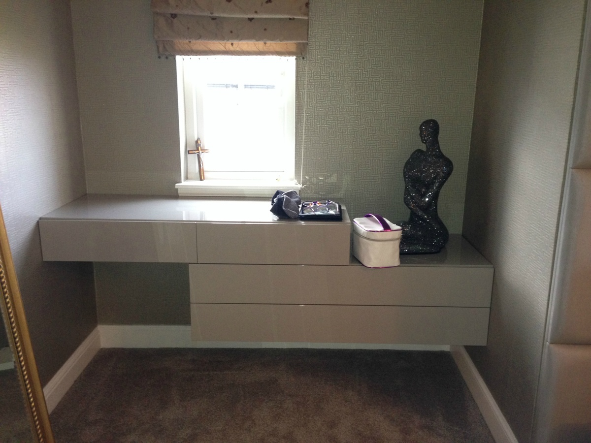 Contemporary Wall Mounted Dressing Table Uk Delivery