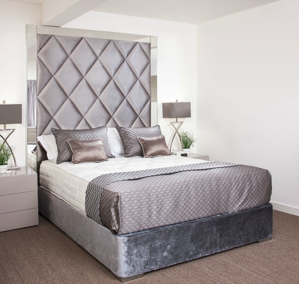 Tiffany Bespoke Bed With Mirror Surround Robinsons Beds