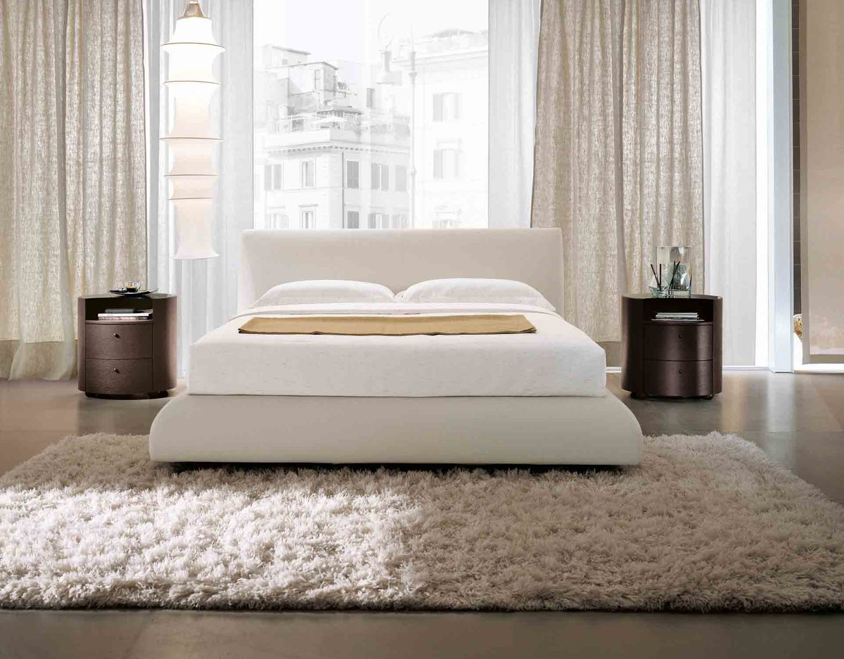 Exquisite Italian Beds In Softest White Leather Sumptuos