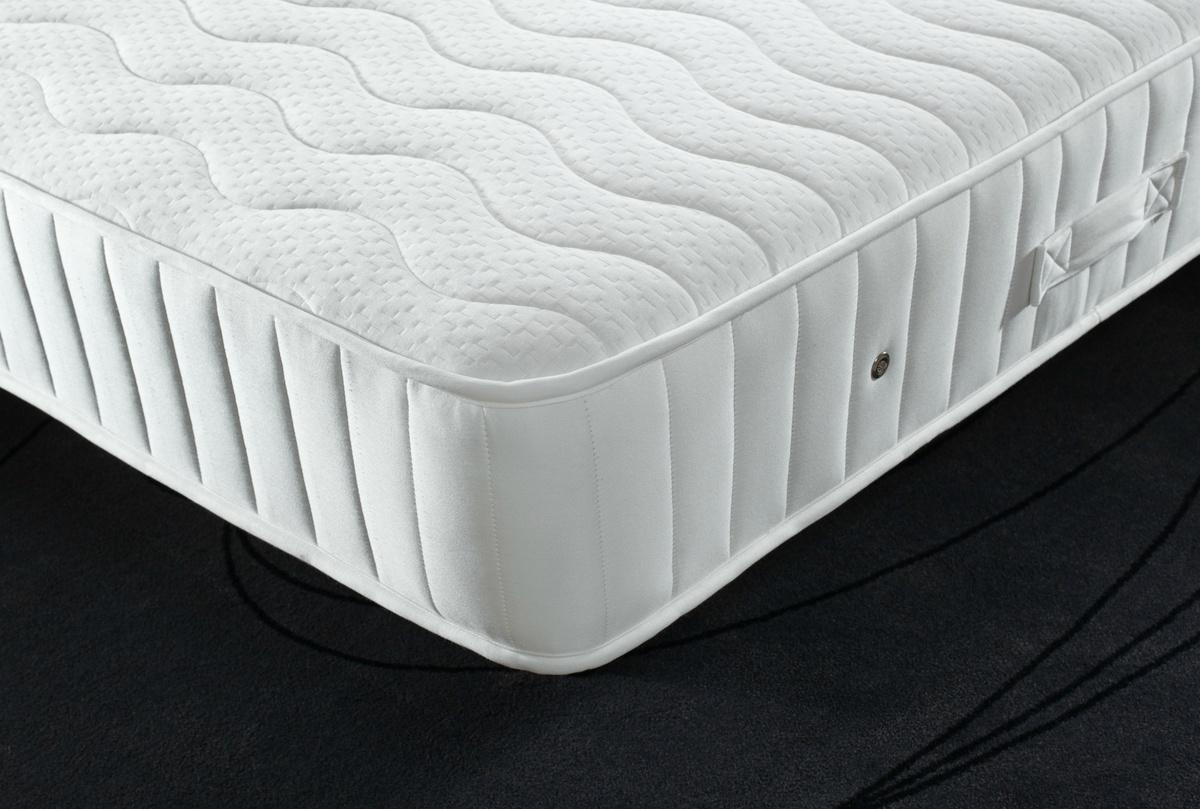 soft and firm zip link mattress robinsons beds. Black Bedroom Furniture Sets. Home Design Ideas